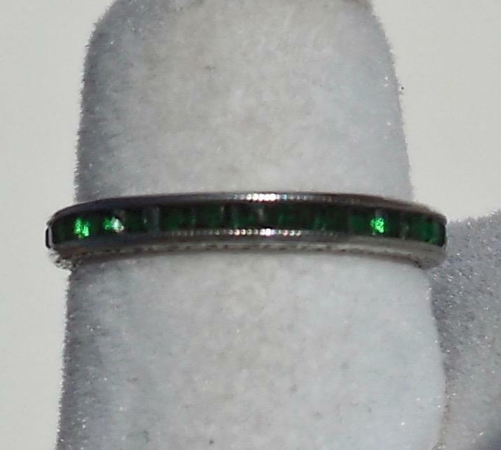 Vintage Art Deco GREEN Channel Set Rhinestone Sterling Silver Ring ~ GERMANY