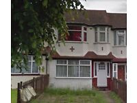 Three Bedrooms Semi-Detached House Hanger Lane