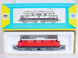 Piko-HO-1-87-DEUTSCHE-BUNDESBAHN-BR-E44-034-Red-034-ELECTRIC-LOCOMOTIVE-MIB-80-RARE