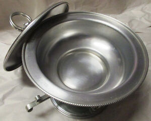 Vintage 5 Aluminum BW Buenilum Chafing/Fondue Dish, Food Warmer Stratford Kitchener Area image 8