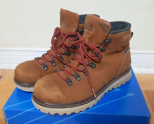 "The Northface • BALLARD 6"" Waterproof Winter Boots"