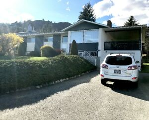 Fully Furnished 4 Br West Kelowna Home. 6 mth term. Avail Sep 15