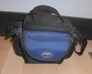 Lowepro camera bag for compact DSLR