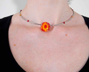Collier court verre rouge & jaune / Red & yellow glass choker