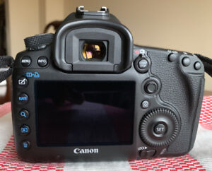 Canon EOS 5D Mark III body in like new condition