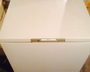 "Danby freezer h34"" x w21 3/4 xL31 1/2"
