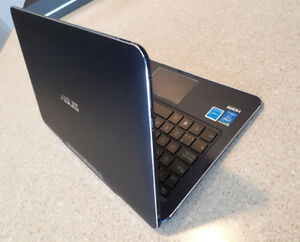 Asus ultra portable laptop ( 2-in-1) for sale
