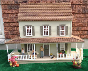 1:12 scale dollhouse with wrap around porch Kitchener / Waterloo Kitchener Area image 1