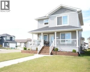 Lovely Home in Camrose for Rent December Occupancy possible!!!
