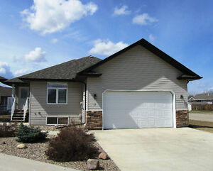 *New Price* 7 Fairway Court (Bridger Dr)