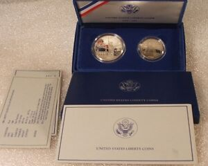1986-S-US-Mint-STATUE-OF-LIBERTY-2-COIN-SET-SILVER-DOLLAR-PROOF-CLAD-HALF