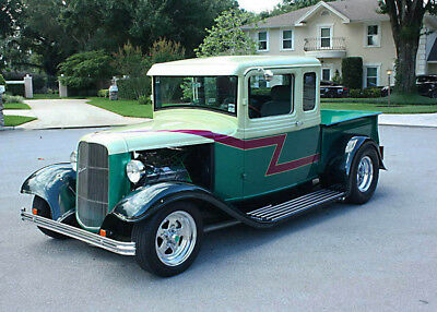 FAST & SMOOTH HOTROD - 1933 Ford Five Window Pickup
