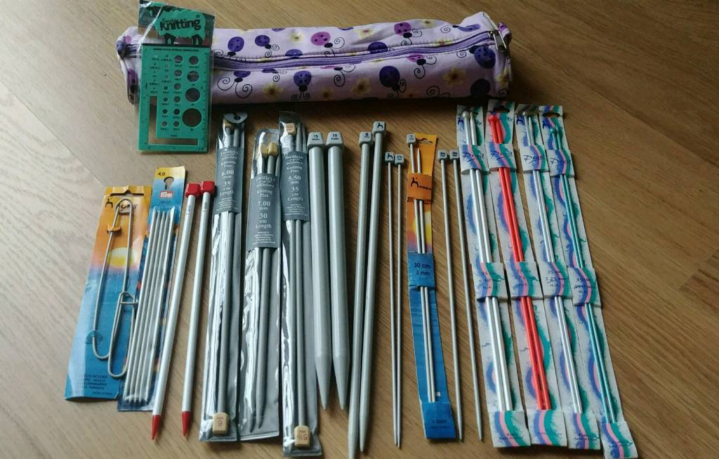Assorted knitting needles and accessories