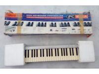 Roland PC180A midi keyboard