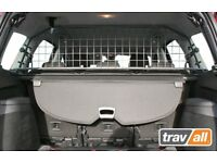 PEUGEOT 308 SW Dog Guard (2008 - 2014) Travall® Guard TDG1308 [Sunroof only]