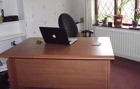 Home office / workspace for hire short term, book by the desk