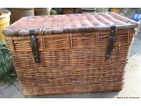 lovely Large wicker trunk / basket