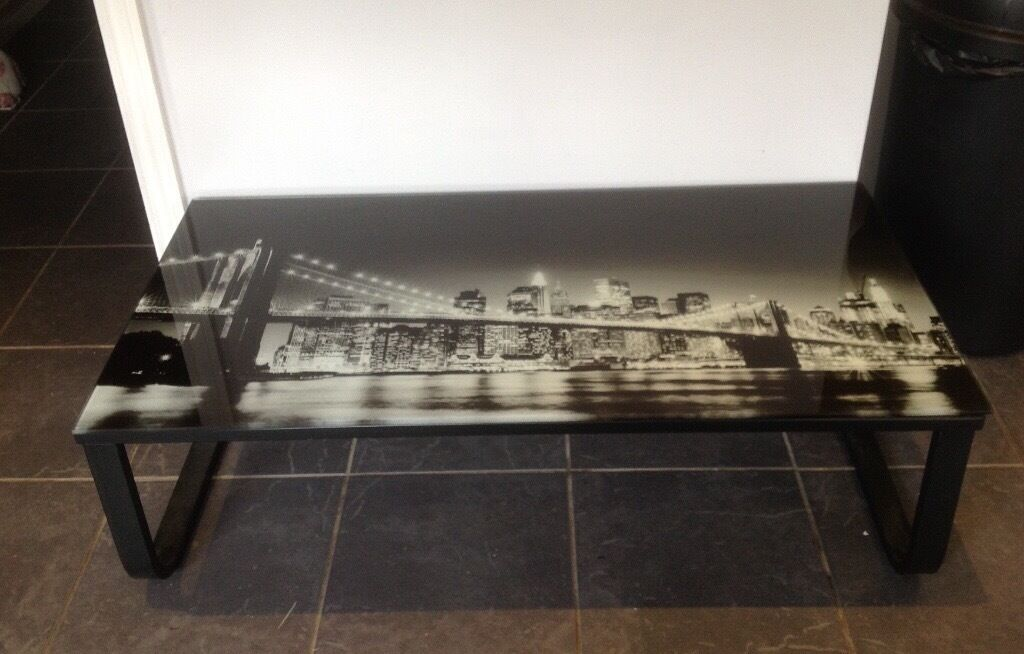 Black Glass Side Table Gumtree: Black Glass Coffee Table With New York Skyline