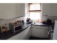 WEST HAMPSTEAD-BIG DOUBLE ROOM GREAT HOUSE