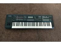 Yamaha MOXF6 Synthesizer Keyboard *EXCELLENT CONDITION!*