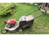 "Honda Izy HRG536 21"" 53cm self propelled Petrol Lawn Mower"