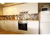 SPACIOUS ONE BED APARTMENT BIG STORAGE IN PRIVATE DEVELOPMENT!! PARKING INCLUDED
