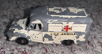 Lesney Matchbox Tomas Ambulance No 14  Made in England Diecast Vintage