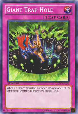 (Yugioh! Giant Trap Hole - LCJW-EN276 - Common - 1st Edition Near Mint, English)