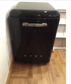 Black Smeg dishwasher