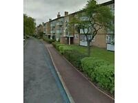 2 bed ground floor flat in catford in need 2/3 bed