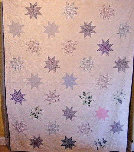 DREAMY ANTIQUE FIELD OF STARS QUILT HAND QUILTED AND PIECED