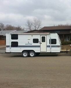 1994 24 ft Mallard Travel Trailer for sale