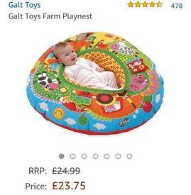 Toy farm play nest ring