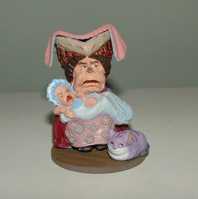 KAIYODO  Alice In Wonderland DUCHESS/BABY Figure SIR JOHN TENNIEL