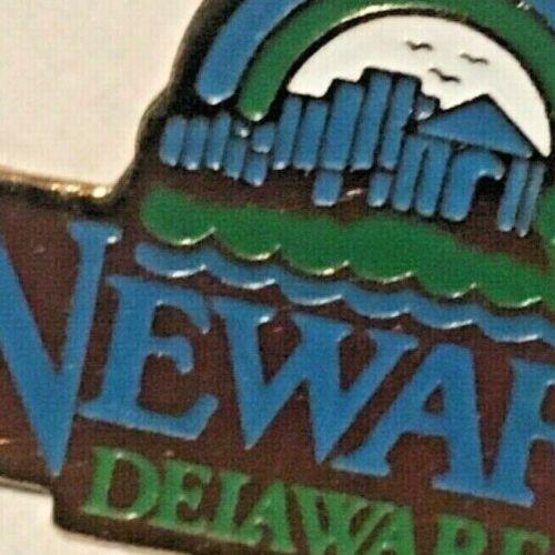 Newark, Delaware Pin travel souvenir/ lapel pin