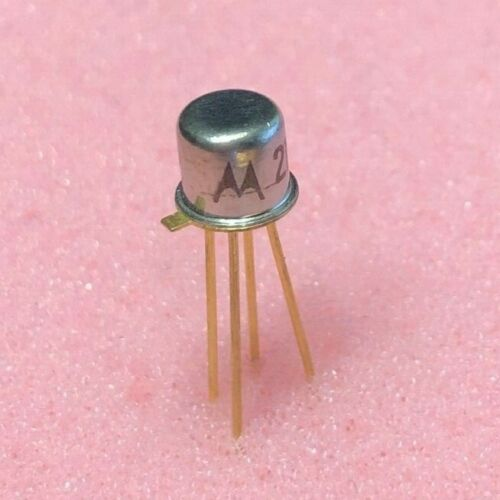 TWO (2) 2N4222 NPN Transistor Motorola NOS Gold Leads TO-72 -4