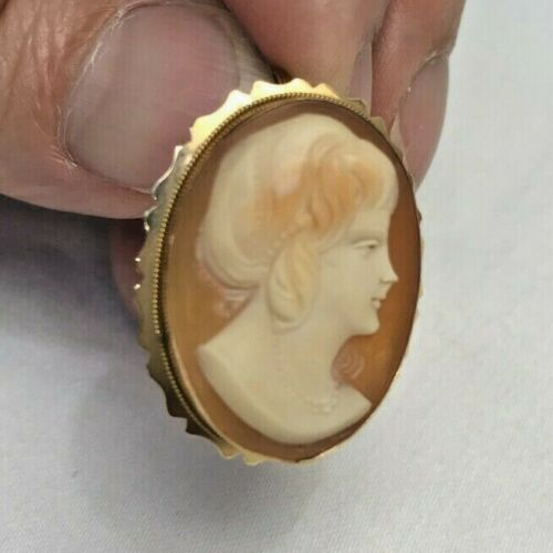 Cameo Pendant/Brooch Pin 18K Gold Bezel Made in Italy Vintage