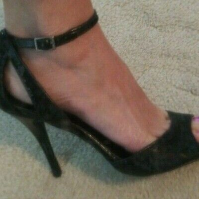 New Steve Madden Luxe L-Crime black mini sequin ankle strap high heels sz 8.5 Ankle Strap Mini Heels
