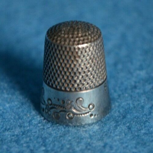 Antique Sterling Silver Abstract Flowers Thimble Ketcham & McDougall Size 8