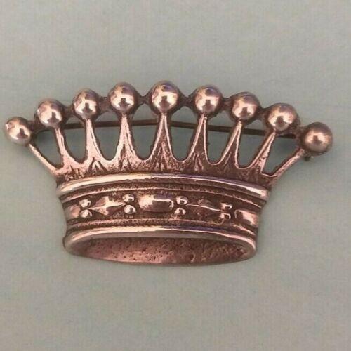 Vintage sterling crown brooch