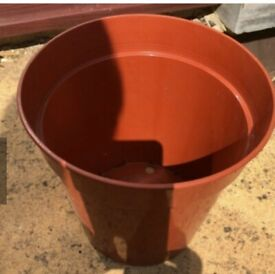 8 inch Terracotta plastic plant pot