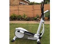 Horizon Delos elliptical cross trainer