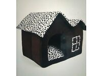 Pet house/bed suitable for cat/small dog