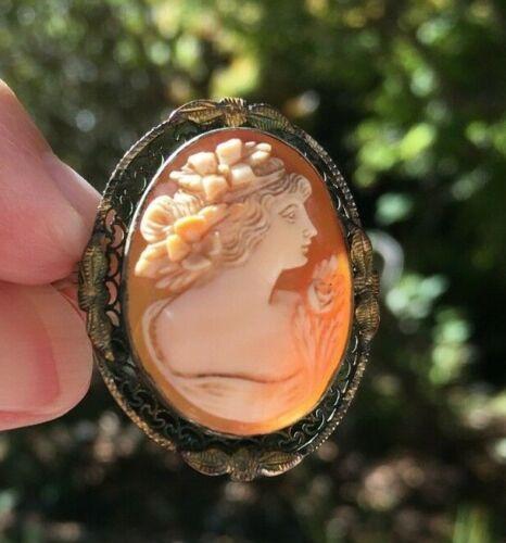 Antique Victorian Pin/Broach Cameo Pin/Broach Set in Filigree