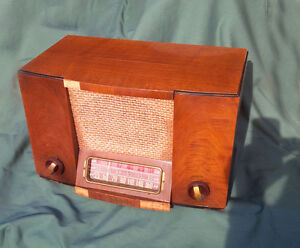 Vintage Westinghouse Tube Radio Kitchener / Waterloo Kitchener Area image 1