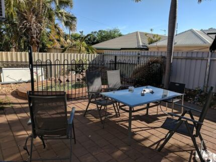 Coconut Grove 2 rooms available in 5 bed house $120 and $150