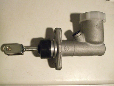 MG C MGC    Clutch Master Cylinder Assembly  (1967- 69)