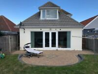 4 Bed, Detached Chalet Style house, 3 minute walk from sea front, Holland-on-Sea