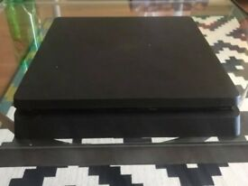 PS4 Slim 500GB with controller with Fifa 18