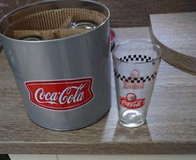Set of 4 coca cola glasses new